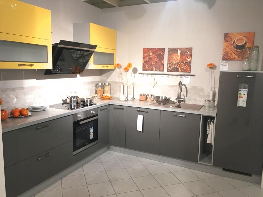 k chenabverkauf angebote k chen reduzierte k chenm bel. Black Bedroom Furniture Sets. Home Design Ideas