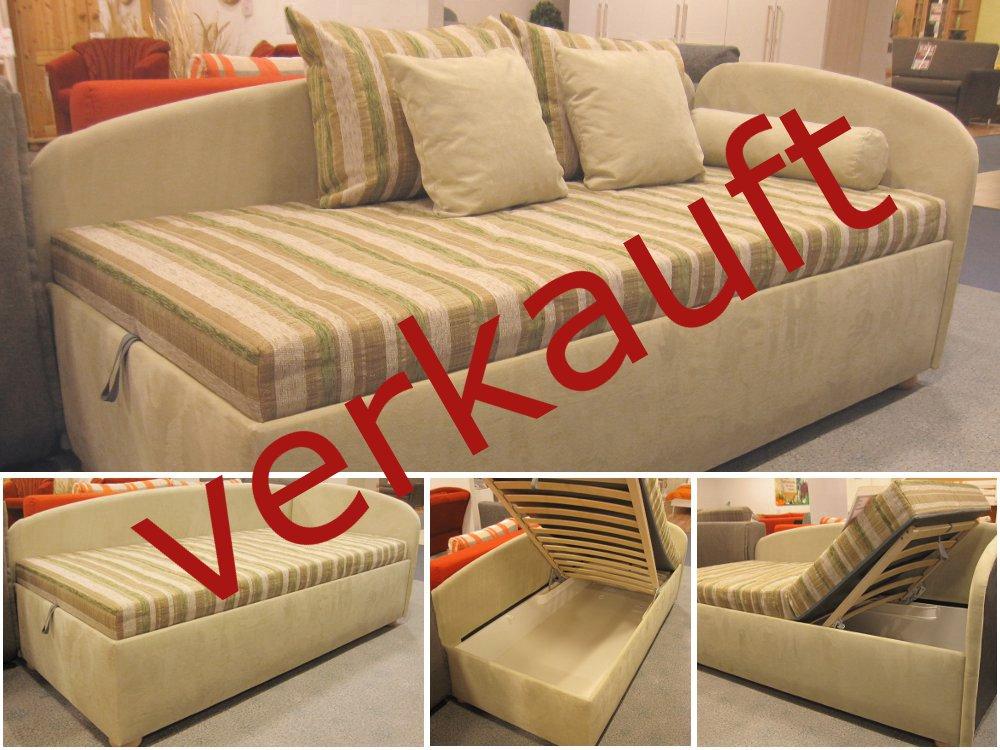 reduzierte schlafzimmerm bel angebote betten matratzen. Black Bedroom Furniture Sets. Home Design Ideas