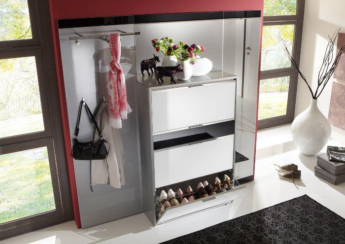 Garderobe kleinm bel schuhschrank sideboard couchtisch for Schuhschrank und garderobe